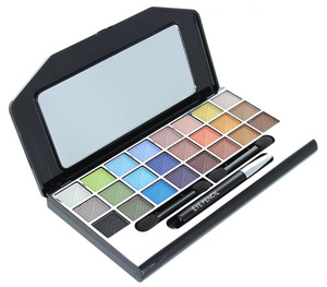 Beauty Revolution Make Up Kit Complete Makeover Kit with Runway Colors