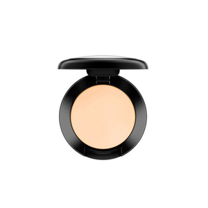 MAC Studio Finish Concealer SPF 35
