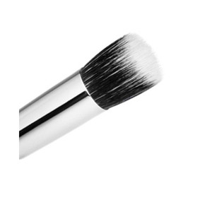 MAC 130 Short Duo Fibre Brush