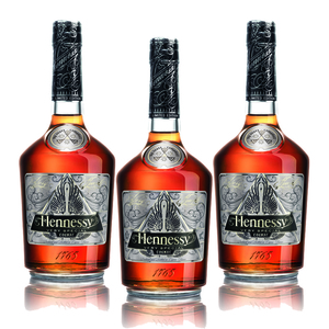 Hennessy V.S Cognac Limited Edition by Scott Campbell 3 Pack (700ml per Bottle)